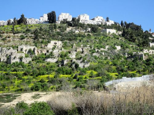 Jerusalem Trail: Lifta, nestled beneath Jerusalem's Romema neighborhood - © Deniz Bensason