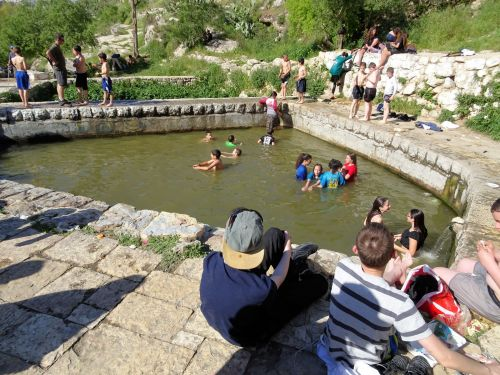 Jerusalem Trail: Lifta - Enjoying the water - © Deniz Bensason