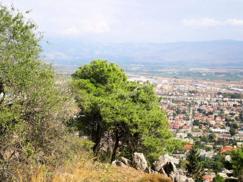 Israel National Trail - Section 02: Looking down on Kiriat-Shmona