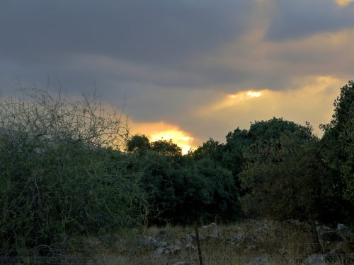 Israel National Trail - Section 02: Sunset in Lebanon