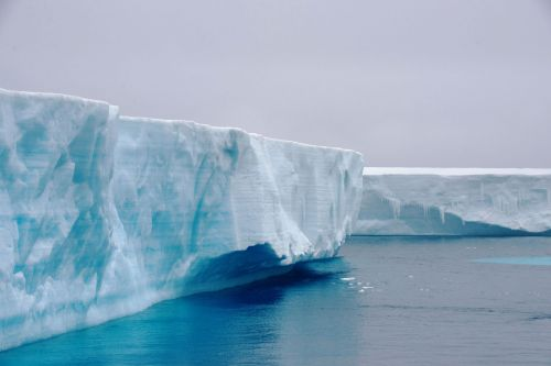 Landscapes/Icebergs and Pack ice - In Antarctic Sound between Brown Bluff and Hope Bay, Tabarin Peninsula: Exploring a '-berg' (Take: 5)