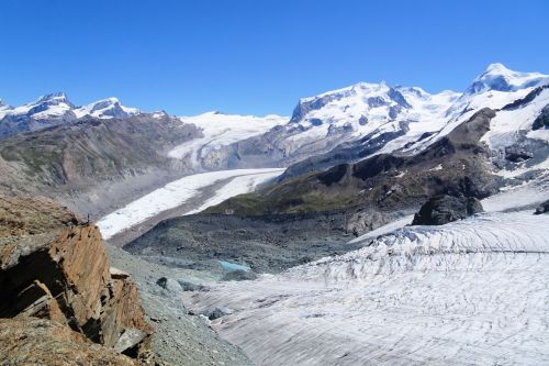 Landscapes/Mountains - Switzerland, Zermatt: Plateau Rosa - glacier with small seasonal lake (zoom out)