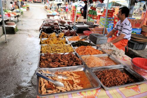 Markets-Products - Dali market, China: Prepared food, ready for take-away