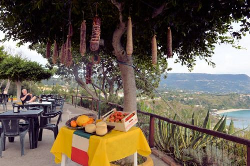 Markets-Products - Reggio Calabria, Italy: Salami tree over cheese table