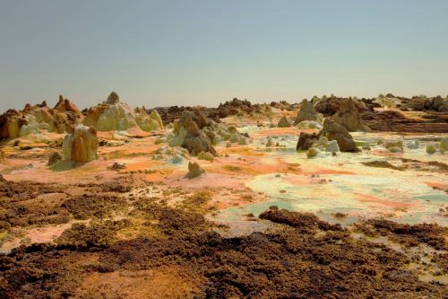 Living-Natue: The Mineral Kingdom - Ethiopia, Danakil Depression: 'Chemical soup'