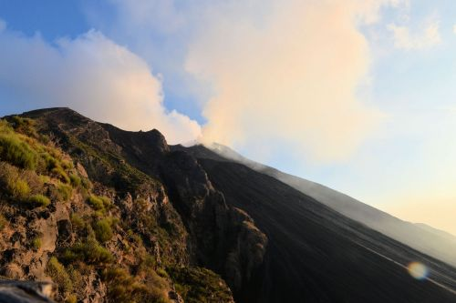 Living-Natue: The Mineral Kingdom - Italy, Sicily:  A plume above Mount Etna