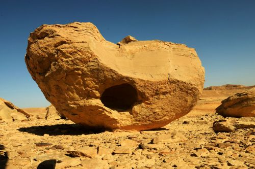 Living-Natue: The Mineral Kingdom - Israel, Eilat, Timna National Park:  Nature�s sculpture by wind and weather