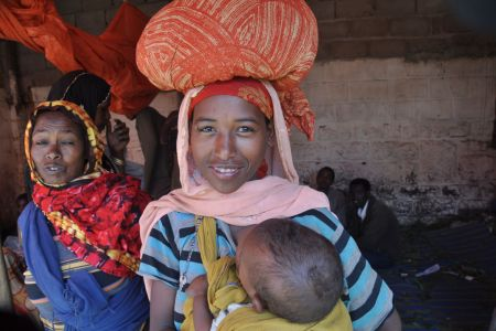 Faces of Ethiopia: Mother and baby at the market