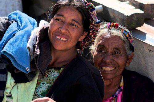 Faces of Guatemala: At the cemetery