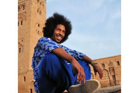 Faces of Morocco: Radiating happiness –a jump-dancer having coffee break