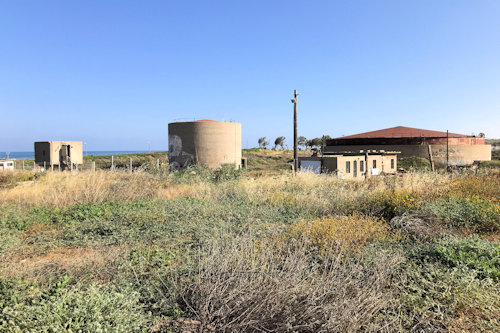 Sde Dov-May 2020: The old bunkers to the North-West