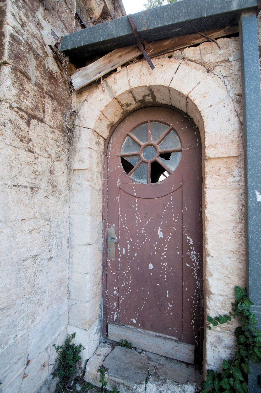 ... Urban - Doors Alleys and Windows Dilapidated door - Old German Templer Colony ... & A Photographic Gallery - Urban: Doors Alleys and Windows