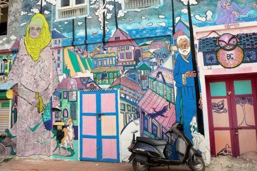 Urban - Graffiti: India, Kerala, Cochin: Recapturing the atmosphere of a small village